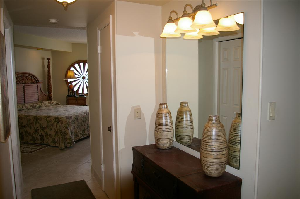Master Bedroom Entrance Luv It At The Beach Rentals